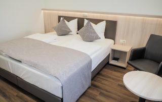 Doppelzimmer Weisses Ross bei Nürnberg